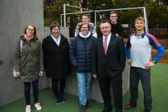 Einweihung mit Sportlern und beteiligten Planern sowie Unterstützern.  Foto: SL