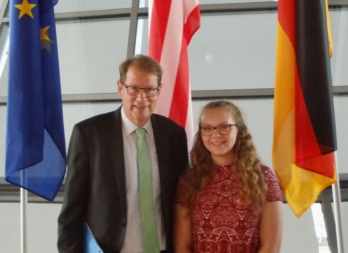 Gero Storjohann mit PPP-Stipendiatin Katherine Porubcan im Bundestag. Foto: hfr