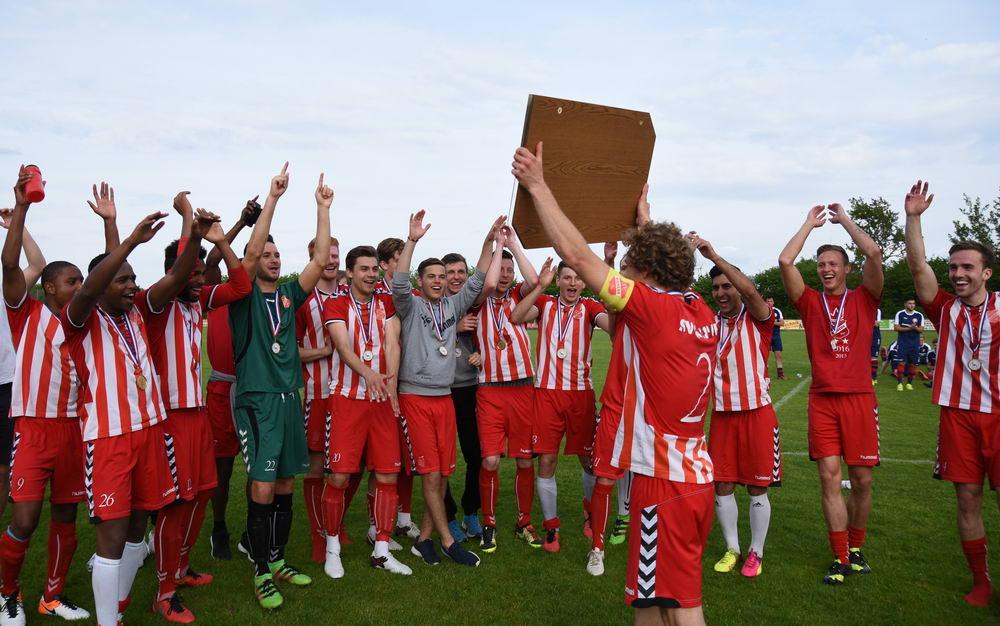 Der SVE konnte nach SH-Liga Meistertitel nun auch den Aufstieg in die Regionallliga feiern.
