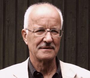 Dr. Hans-Heinrich Fiedler: Dr. Hans-Heinrich Fiedler kam als Fachtierarzt über 30 Jahre lang mit den Folgen der Massentierhaltung in Berührung. Foto: Privat