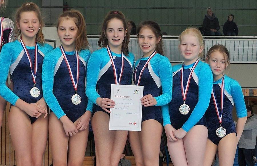 Die Silbermedaillen-Gewinnerinnen vom Emil-von-Behring-Gymnasium  Foto: Biemann/hfr
