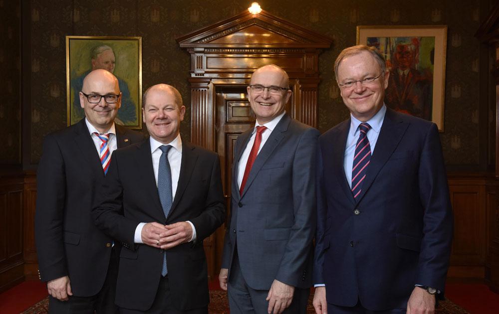 Feierliche Unterzeichnung zur Erweiterung der Metropolregion Hamburg im Hamburger Rathaus. Foto: Metropolregion Hamburg