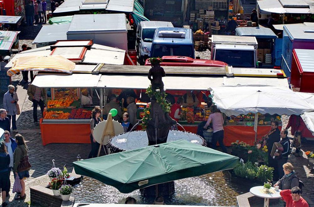 Der Oldesloer Wochenmarkt. Foto: Archiv