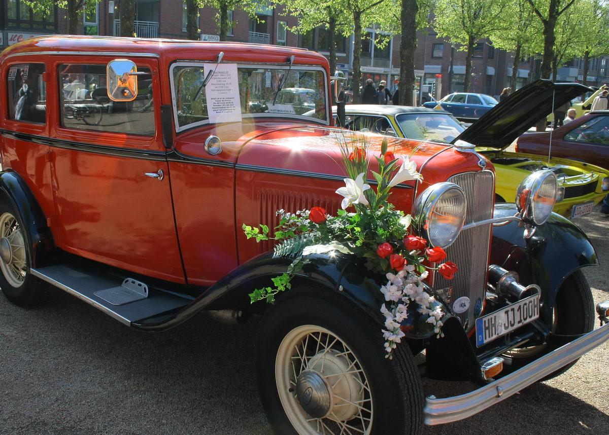 Ahrensburg: Verkaufsoffener Sonntag mit Oldtimern am 6. Mai