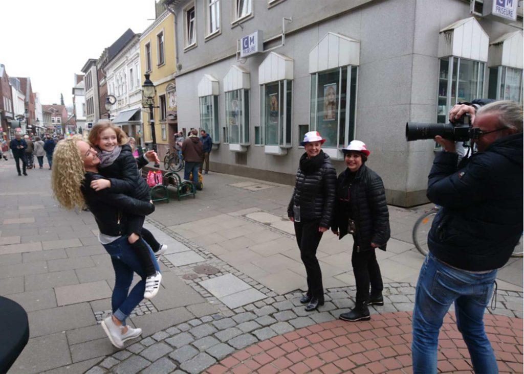 Fotoshooting in der Innenstadt: Neue Gesichter für die